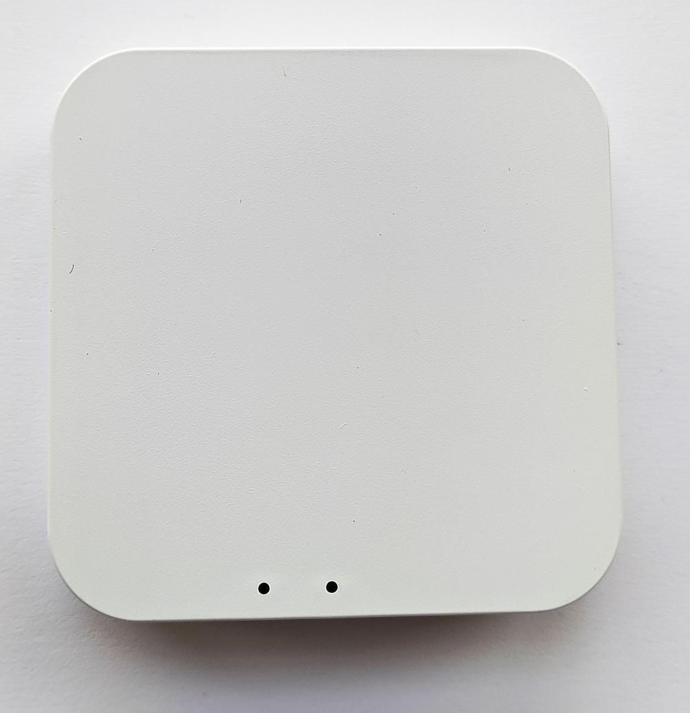 Умный дом:  Комплект термоконтроль - контроллер (шлюз) Tervix Zigbee Gateway и 3 беспроводные радиаторные термоголовки Tervix EVA - 7