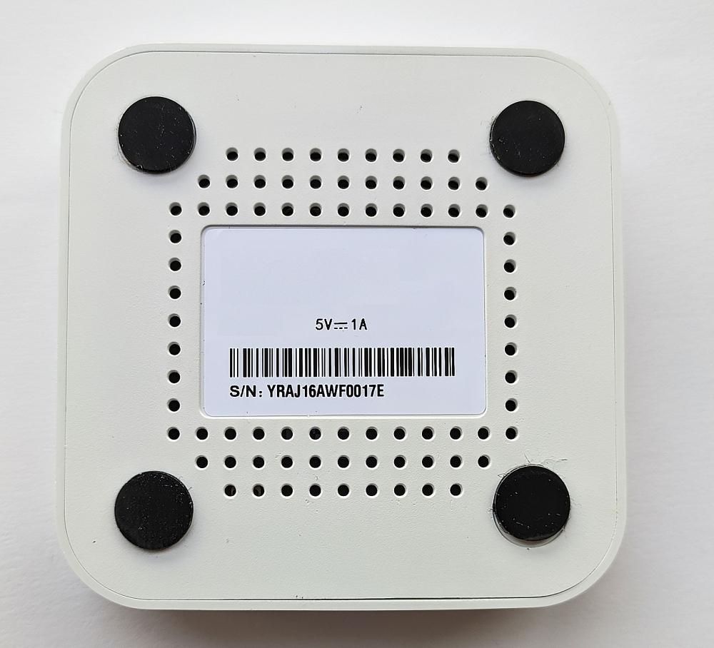 Умный дом:  Комплект термоконтроль - контроллер (шлюз) Tervix Zigbee Gateway и 3 беспроводные радиаторные термоголовки Tervix EVA - 9